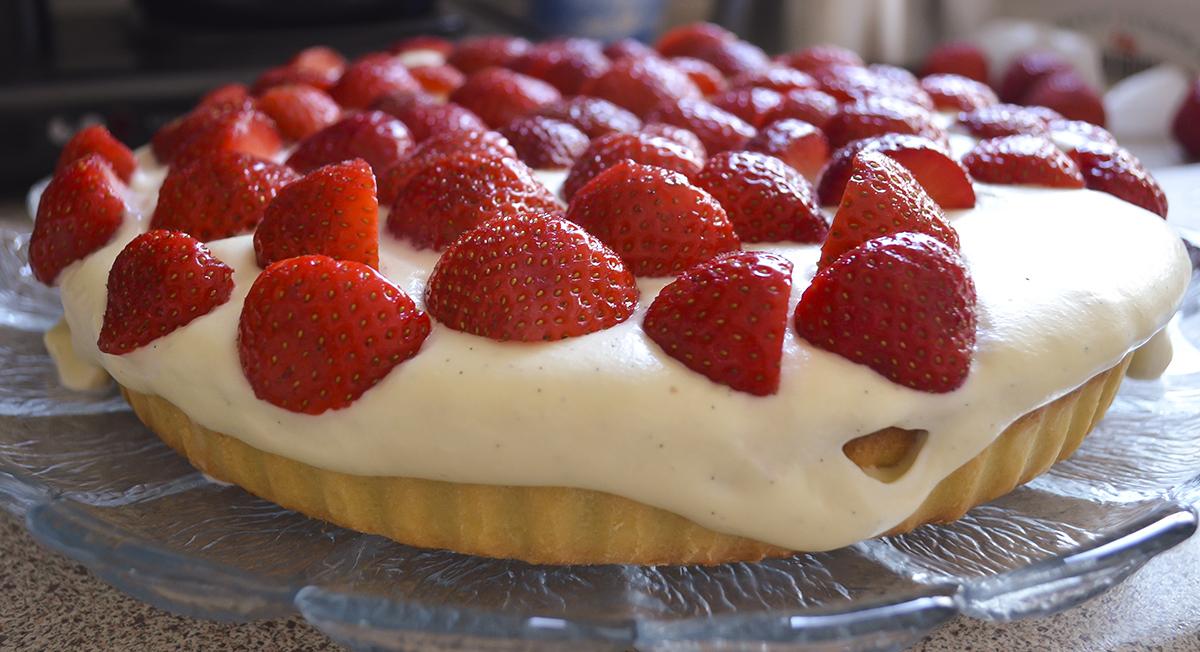 lækker-jordbærtærte-opskirft-1