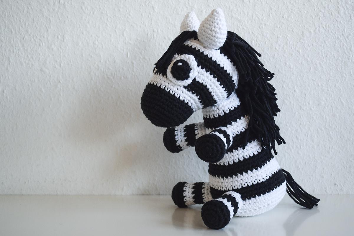 haeklet-zebra-4